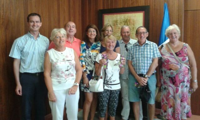 Voluntarios cívicos colaboran con actividades educativas y culturales del municipio - 2, Foto 2