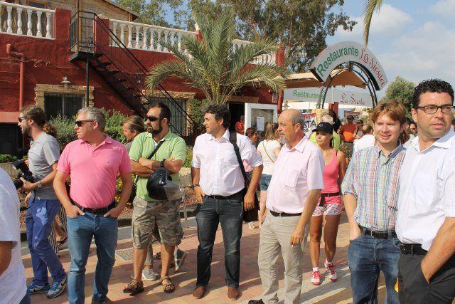 La oposición vecinal y el apoyo del ayuntamiento consigue una morataria en los plazos del derribo de La Siesta, Foto 1