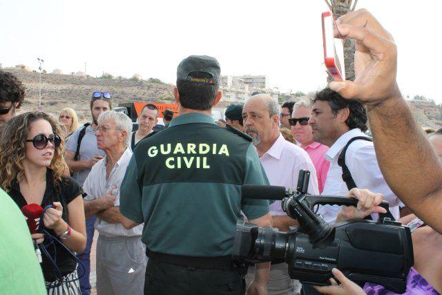 La oposición vecinal y el apoyo del ayuntamiento consigue una morataria en los plazos del derribo de La Siesta, Foto 2