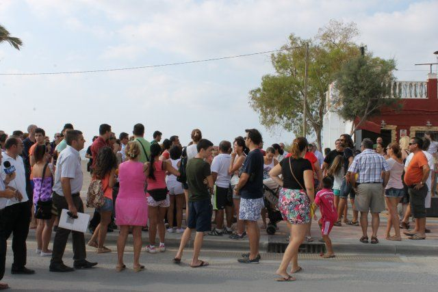 La oposición vecinal y el apoyo del ayuntamiento consigue una morataria en los plazos del derribo de La Siesta, Foto 4