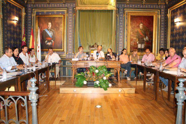 El pleno municipal aprueba los presupuestos con los votos de PSOE, UIDM, IU y PAREMA, Foto 2