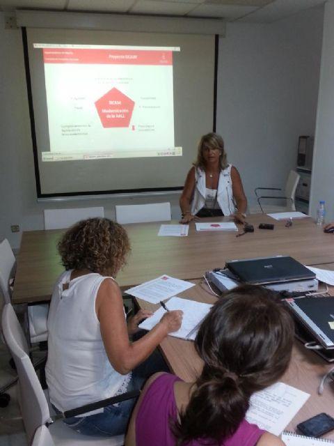 La implantación de la factura electrónica permitirá ahorrar al Ayuntamiento de Murcia unos 400.000 euros al año - 2, Foto 2