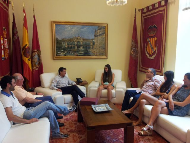 El Alcalde felicita a la ajedrecista lorquina Beatriz García por la consecución del campeonato de España sub-16 - 1, Foto 1