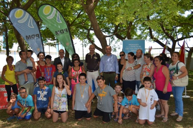 El programa Activa Familias se clausura en San Javier con medallas para los 12 niños participantes y sus  familias - 1, Foto 1