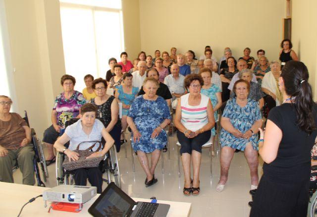 Puerto Lumbreras ofrece charlas a sus mayores para protegerse del calor el mes de agosto - 2, Foto 2