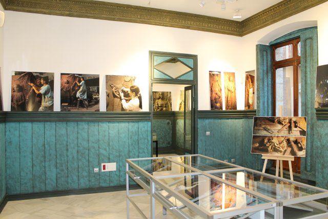 Lola Arcas inaugura en las Casas Consistoriales la muestra La atracción de la forma - 1, Foto 1