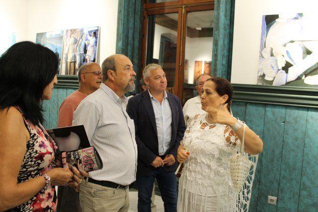 Lola Arcas inaugura en las Casas Consistoriales la muestra La atracción de la forma - 3, Foto 3