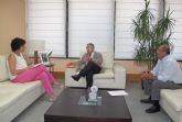 La alcaldesa de Puerto Lumbreras se reúne con el consejero de Fomento, Obras Públicas y Ordenación del Territorio para analizar cuestiones de interés para el municipio
