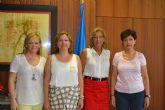 Ayuntamiento y librerías y papelerías suscriben un convenio de cooperación para la dotación de material escolar por valor de 10.000 euros
