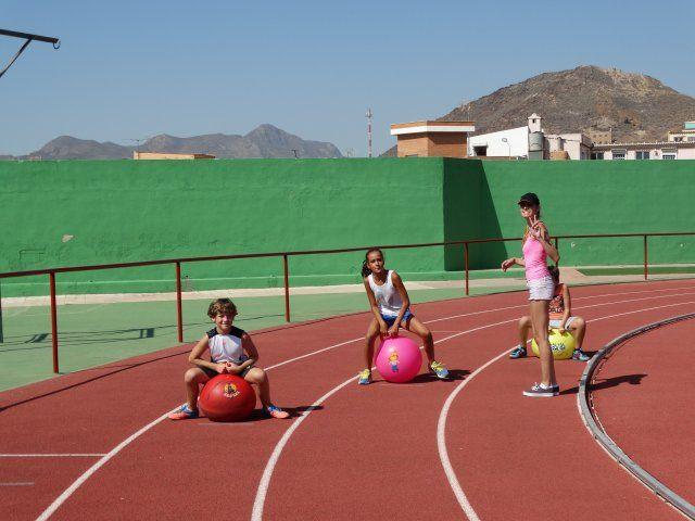 Treinta niños participan en la primera olimpiada de la risa - 2, Foto 2