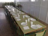 Más de sesenta niños asisten a los servicios de comedor de verano
