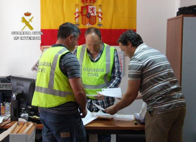 La Guardia Civil detiene por tercera vez en este año al propietario de un establecimiento por realizar estafas a través de Internet - 3, Foto 3