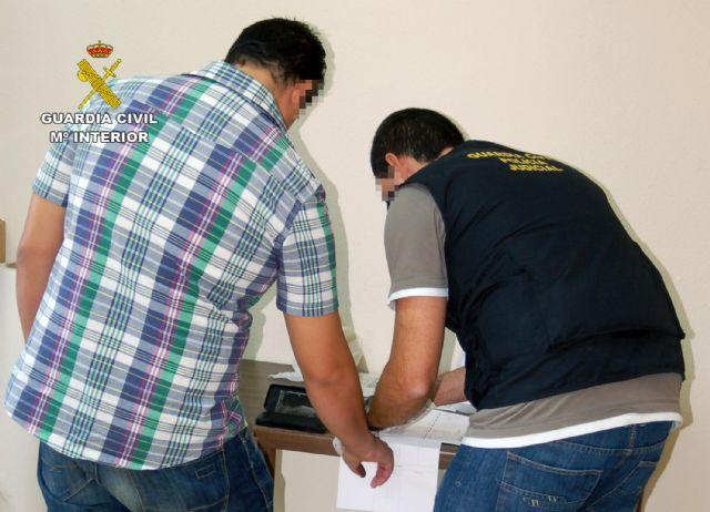 La Guardia Civil detiene por tercera vez en este año al propietario de un establecimiento por realizar estafas a través de Internet - 4, Foto 4