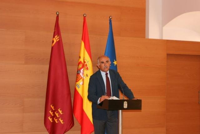 El Gobierno regional propone una limitación de mandatos de dos legislaturas para el presidente del Ejecutivo - 1, Foto 1