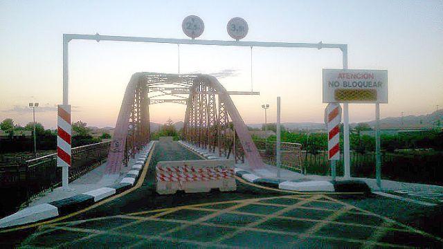El Grupo Socialista denuncia que el Puente Viejo de Alquerías permanece cerrado desde hace más de dos años - 1, Foto 1