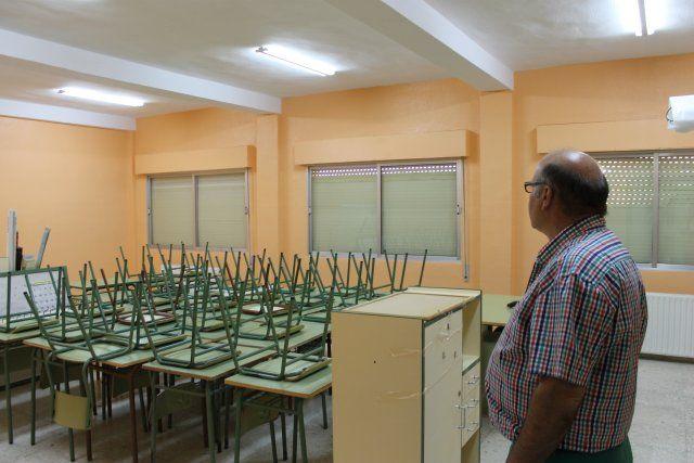 El ayuntamiento invierte 25 mil euros de media en las obras de reparación de los colegios públicos - 2, Foto 2
