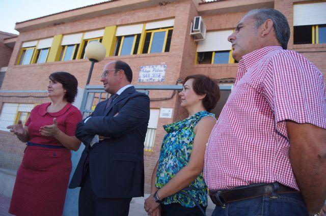 El Consejero de Educaci�n y la Alcaldesa visitan el Colegio de San Jos�, Foto 5