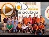 El equipo de Huevos Inmaculada, Un huevo de solidarios