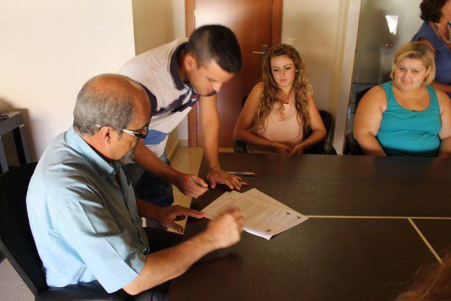 Formación y Empleo prorroga a los becarios que prestan servicios municipales - 2, Foto 2
