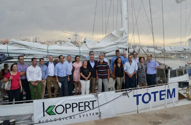 El velero Tótem llega a Águilas para reivindicar la sostenibilidad y las energías renovables - 1, Foto 1