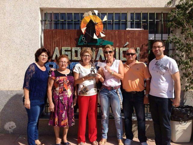 La Asociación de Defensa de la Mujer de San Cayetano se apunta a las causas solidarias - 1, Foto 1