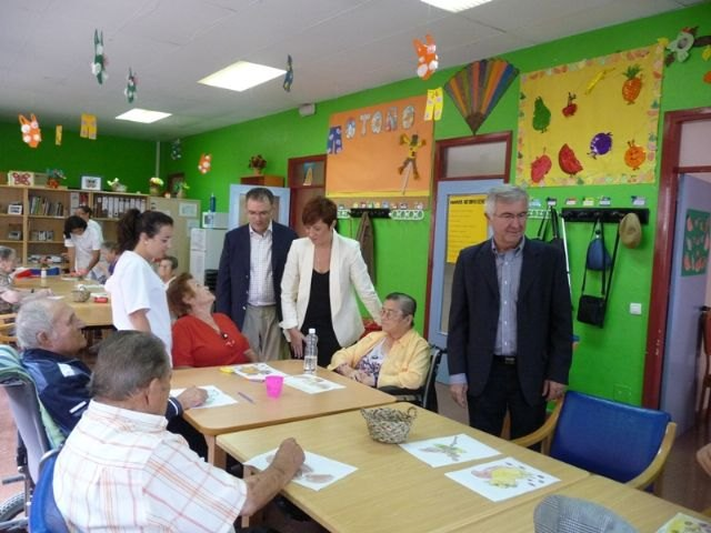 The Institute of Social Action Murciano spends more than a million euros for elderly care in the town of Totana, Foto 2