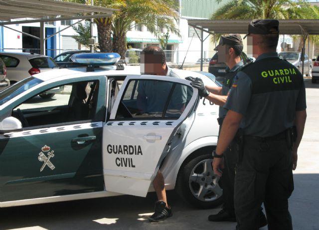 La Guardia Civil detiene a nueve personas relacionadas con delitos de robo en viviendas - 1, Foto 1