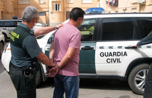 La Guardia Civil detiene a nueve personas relacionadas con delitos de robo en viviendas - 2, Foto 2