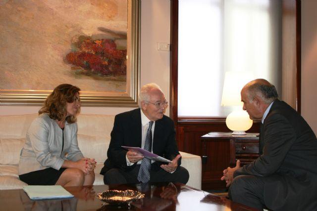 Garre recibe al presidente de la Fundación Proyecto Hombre - 2, Foto 2