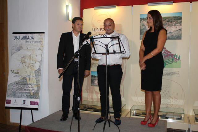'Una mirada, vino y tradición' es el título de la exposición que alberga el Museo del Vino de Bullas - 2, Foto 2
