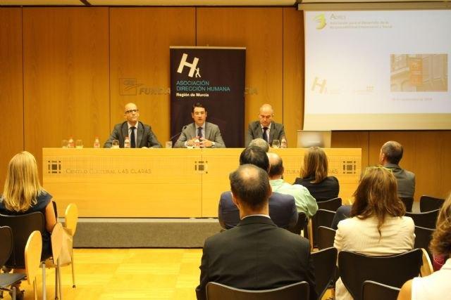 La Comunidad anuncia la implantación de un programa de apoyo a pymes y ayuntamientos sobre Responsabilidad Social Corporativa - 1, Foto 1
