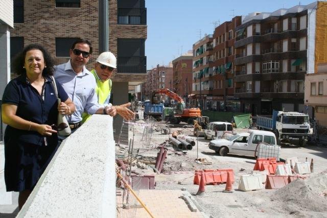 Fomento amplía la red de saneamiento del barrio Alfonso X de Lorca y asume las acometidas de las viviendas al colector principal - 1, Foto 1