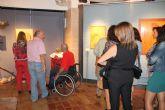 'Una mirada, vino y tradición' es el título de la exposición que alberga el Museo del Vino de Bullas