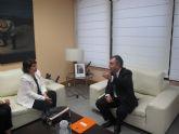 Reunión del consejero de Fomento, Obras Públicas y Ordenación del Territorio y la alcaldesa de Totana