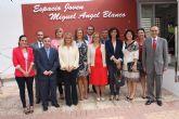 María del Mar Blanco presente en el acto de denominación del Espacio Joven de Balsicas con el nombre de su hermano Miguel Ángel Blanco