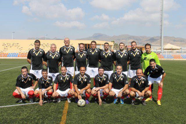 El Torneo de Veteranos de Mazarrón recauda cerca de cinco mil euros a beneficio de la Asociación todo Corazón, Foto 1