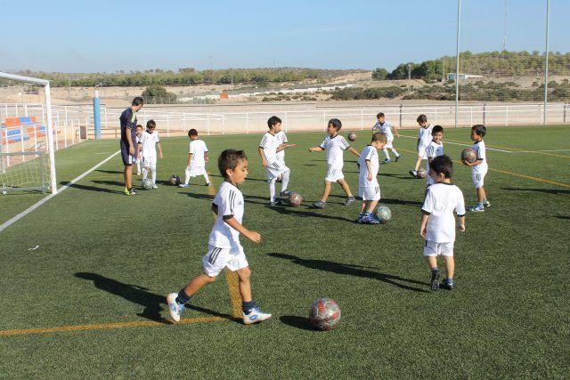 55 niños comienzan su formación en la Escuela Deportiva de la Fundación Real Madrid - 4, Foto 4
