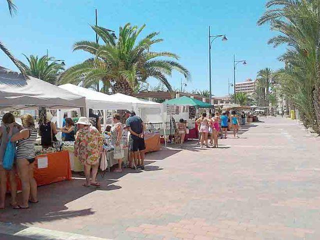 Nueva cita con el mercado artesano de Puerto de Mazarrón, Foto 3