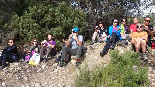 La concejalia de Deportes organizó una ruta de senderismo por la Zarzadilla de Totana, Foto 3
