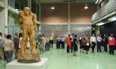 Inaugurada la exposición 'Itinerancias: Talla Contemporánea' en la Sala de Exposiciones del Complejo Cultural Auditorio de Puerto Lumbreras