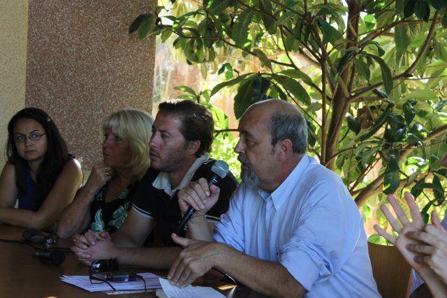El alcalde atiende las demandas y sugerencias de los vecinos de Camposol - 1, Foto 1
