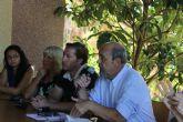 El alcalde atiende las demandas y sugerencias de los vecinos de Camposol