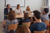La escritora Carmen Posadas protagonizó un encuentro con los alumnos del IES 'La Florida' torreño