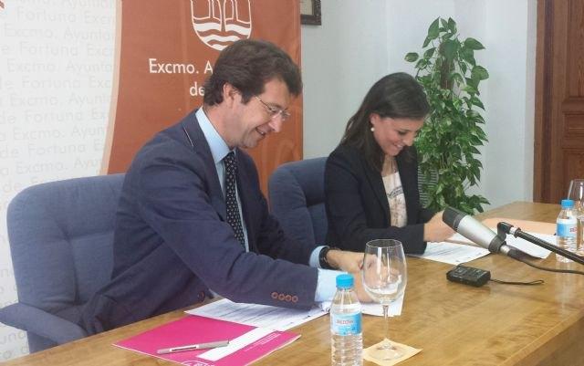 La Consejería de Empresa y el Ayuntamiento de Fortuna plasman en el convenio ´Municipio Emprendedor´ su compromiso para crear empleo - 1, Foto 1