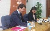 La Consejería de Empresa y el Ayuntamiento de Fortuna plasman en el convenio ´Municipio Emprendedor´ su compromiso para crear empleo