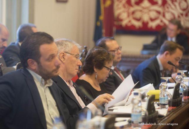 El pleno da luz verda a las Ordenanzas que establecen la congelación de impuestos para 2015 - 5, Foto 5
