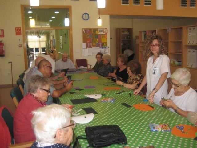 Brujas y calabazas se adueñan de los Centros de Día de El Algar y Los Dolores - 3, Foto 3