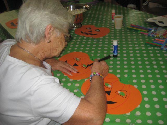 Brujas y calabazas se adueñan de los Centros de Día de El Algar y Los Dolores - 4, Foto 4