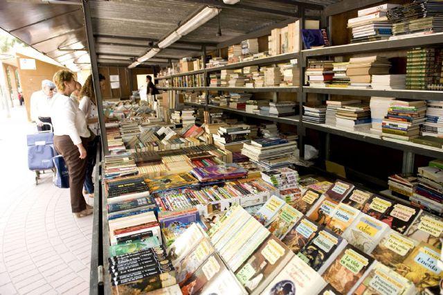 La Feria del Libro Antiguo y de Ocasión vuelve a Juan XXIII - 1, Foto 1
