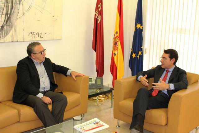 Reunión del consejero de Presidencia y Empleo y el alcalde Molina de Segura - 1, Foto 1